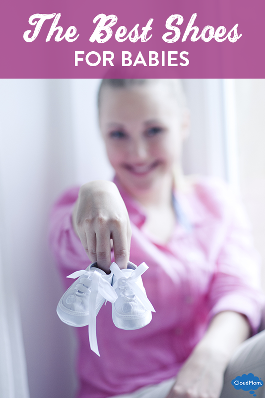What are the Best First Pair of Shoes for Baby?