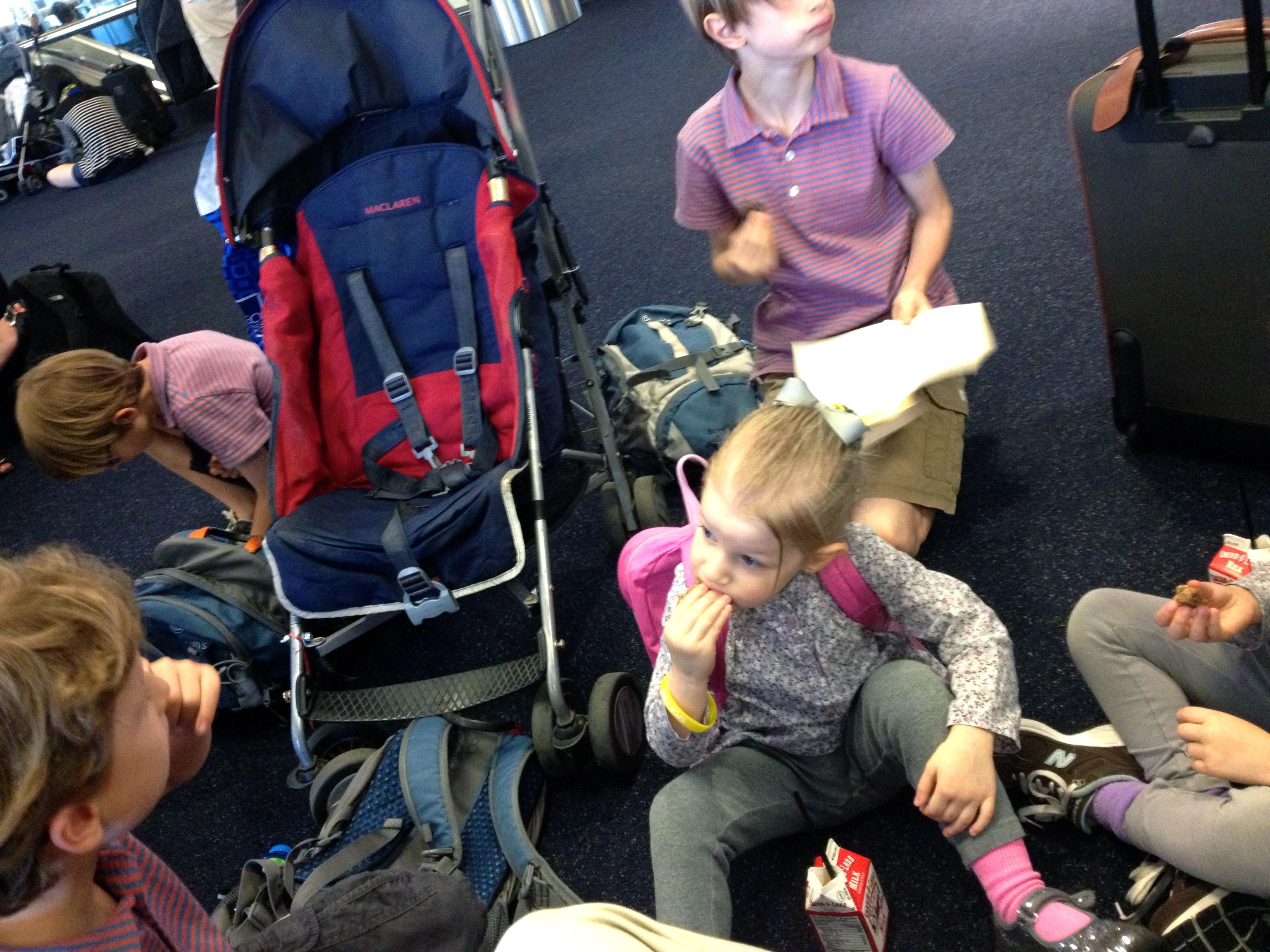 kids at airport