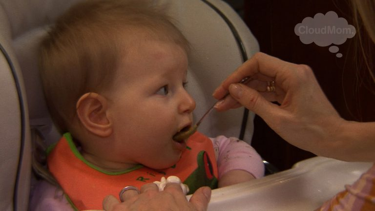 How To Introduce Solid Foods To Infants