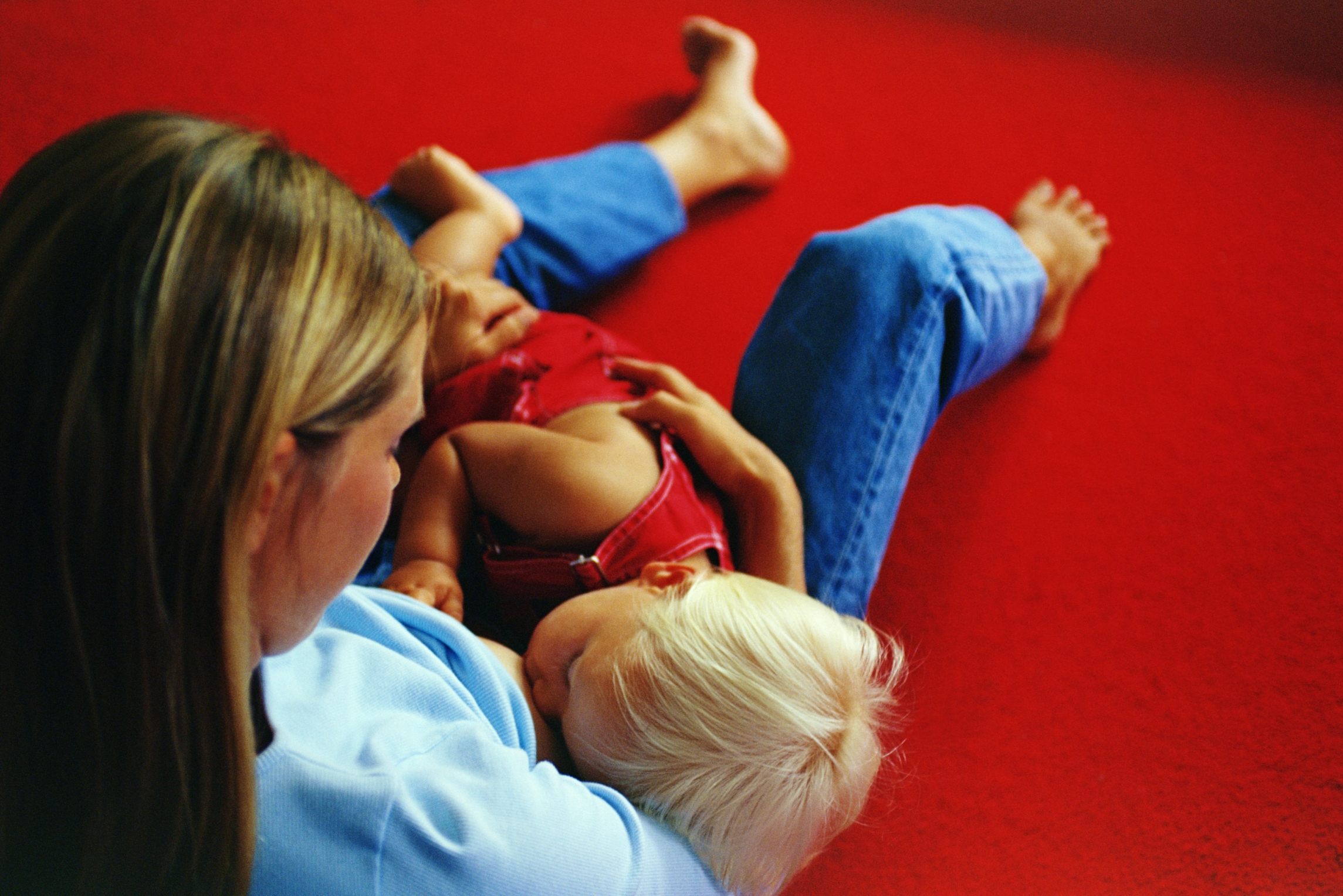 How to Wean Off Breastfeeding a Toddler