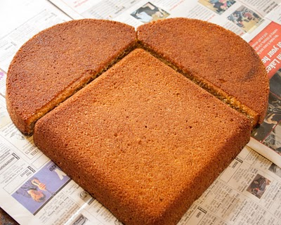 Easy heart-shaped cake tutorial.