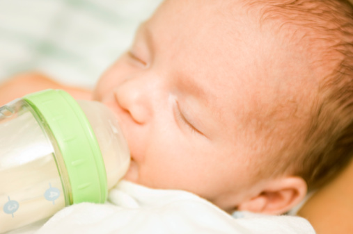 Breastfeeding Tips: Supplementing with Formula