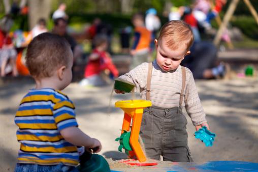 Toddler Discipline Tips: Playdates