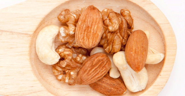 Eating Nuts During Pregnancy Lowers Risk of Allergies in Babies
