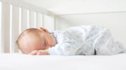 How to put baby to sleep in crib