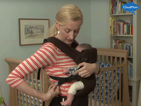 Beco-Gemini-Baby-Carrier-Legs-Out-Demo