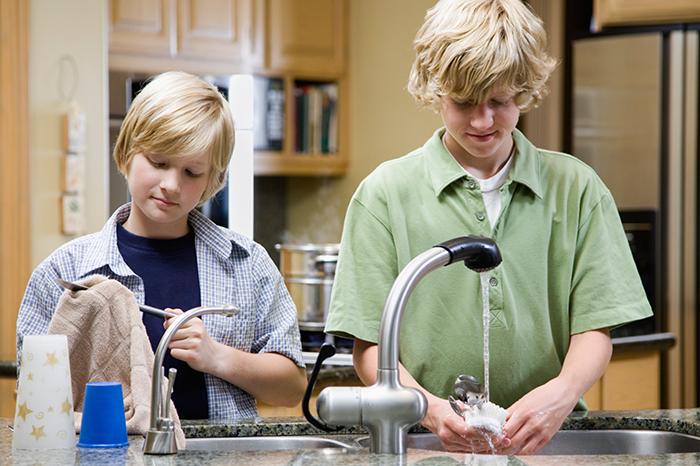 3 Simple Ways To (Hopefully!) Avoid Raising Spoiled Kids