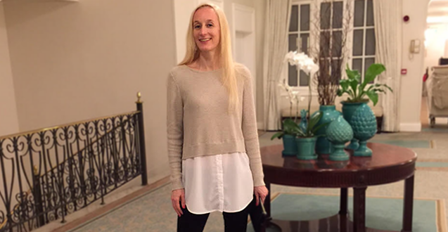 Mom Fashion: Black, Beige And White Together
