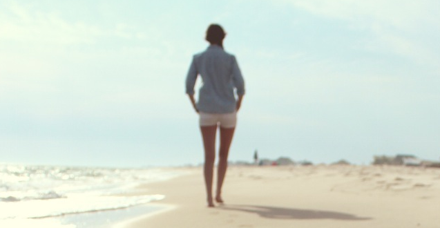 10 Ways to Feel Less Lonely