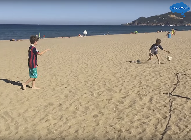 soccer-on-the-beach-in-spain