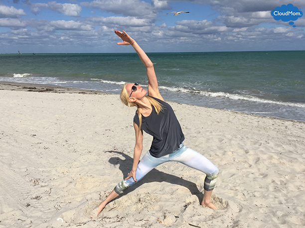 yoga-poses-on-the-beach