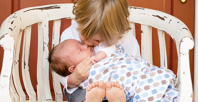 Tips on Toddler and Baby Sharing a Room