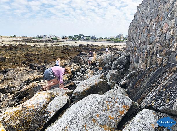 climbing rocks in France