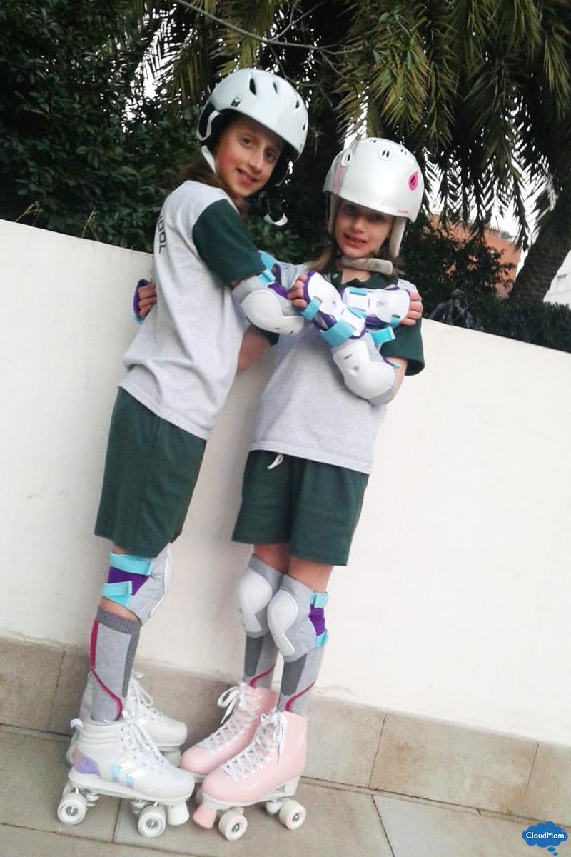 roller skating kids